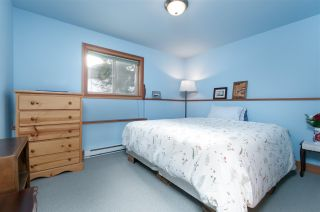 """Photo 12: 8349 NEEDLES Drive in Whistler: Alpine Meadows House for sale in """"ALPINE MEADOWS"""" : MLS®# R2328390"""