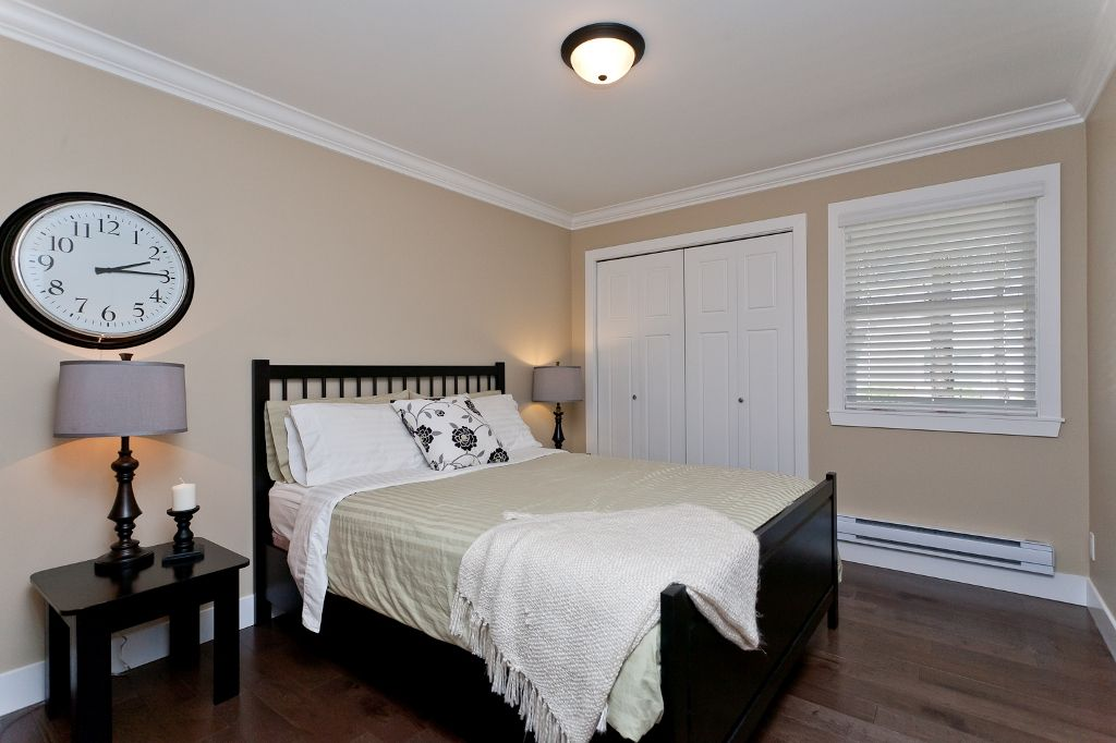 Photo 13: Photos: 369 MUNDY Street in Coquitlam: Coquitlam East House for sale : MLS®# V951722