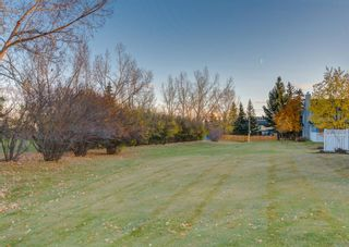 Photo 45: 24 WOOD Crescent SW in Calgary: Woodlands Row/Townhouse for sale : MLS®# A1154480