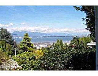 Photo 2:  in Vancouver West: Point Grey Home for sale ()  : MLS®# H2801410