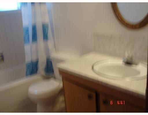 Photo 8: Photos:  in CALGARY: Forest Lawn Residential Detached Single Family for sale (Calgary)  : MLS®# C3289172