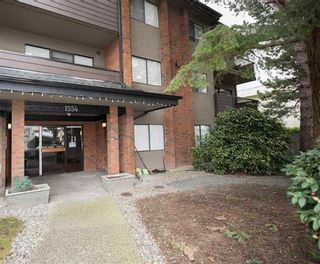 """Photo 1: 103 1554 GEORGE Street: White Rock Condo for sale in """"THE GEORGIAN"""" (South Surrey White Rock)  : MLS®# R2147774"""