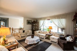 Photo 5: 2719 Daybreak Ave in Coquitlam: House for sale