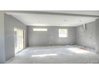 Photo 8: 919 Nel Hamerton Pl in VICTORIA: La Florence Lake House for sale (Langford)  : MLS®# 676749