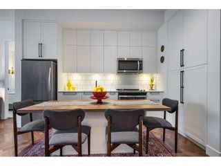 "Photo 8: 419 14968 101A Avenue in Surrey: Guildford Condo for sale in ""GUILDHOUSE"" (North Surrey)  : MLS®# R2558415"
