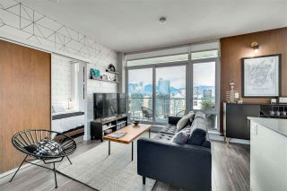 """Photo 3: 3803 1283 HOWE Street in Vancouver: Downtown VW Condo for sale in """"Tate"""" (Vancouver West)  : MLS®# R2592926"""