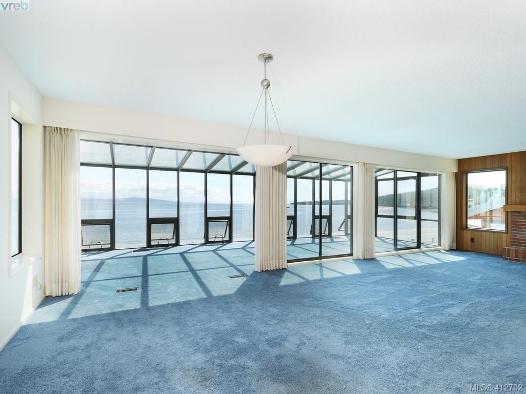 Main Photo: 5043 Cordova Bay Rd in VICTORIA: SE Cordova Bay House for sale (Saanich East)  : MLS®# 818337