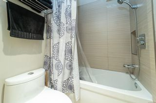 Photo 18: 1335 Balmoral Rd in : Vi Fernwood Half Duplex for sale (Victoria)  : MLS®# 855780