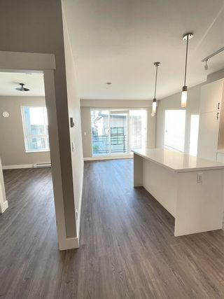 """Photo 10: 402B 20838 78B Avenue in Langley: Willoughby Heights Condo for sale in """"Hudson & Singer"""" : MLS®# R2594495"""