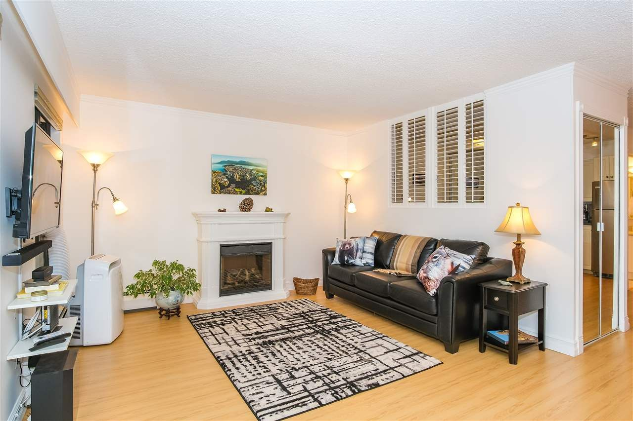 """Main Photo: 307 1855 NELSON Street in Vancouver: West End VW Condo for sale in """"THE WEST PARK"""" (Vancouver West)  : MLS®# R2443388"""