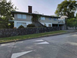 Main Photo: 515 HENDRY Avenue in North Vancouver: Queensbury House for sale : MLS®# R2618928