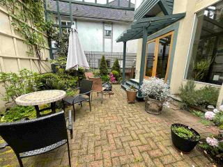Photo 3: 2929 W 6TH Avenue in Vancouver: Kitsilano 1/2 Duplex for sale (Vancouver West)  : MLS®# R2573038