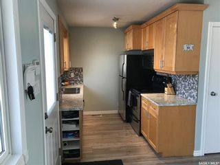 Photo 3: 506 Priel Crescent in Saskatoon: Fairhaven Residential for sale : MLS®# SK846762