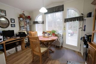 Photo 6: 35 8266 KING GEORGE Boulevard in Surrey: Bear Creek Green Timbers Manufactured Home for sale : MLS®# R2532673