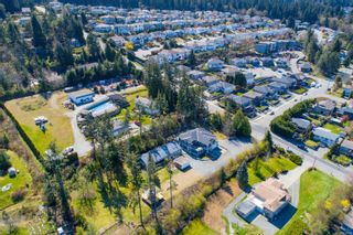 Photo 4: 210 Calder Rd in : Na University District House for sale (Nanaimo)  : MLS®# 872698