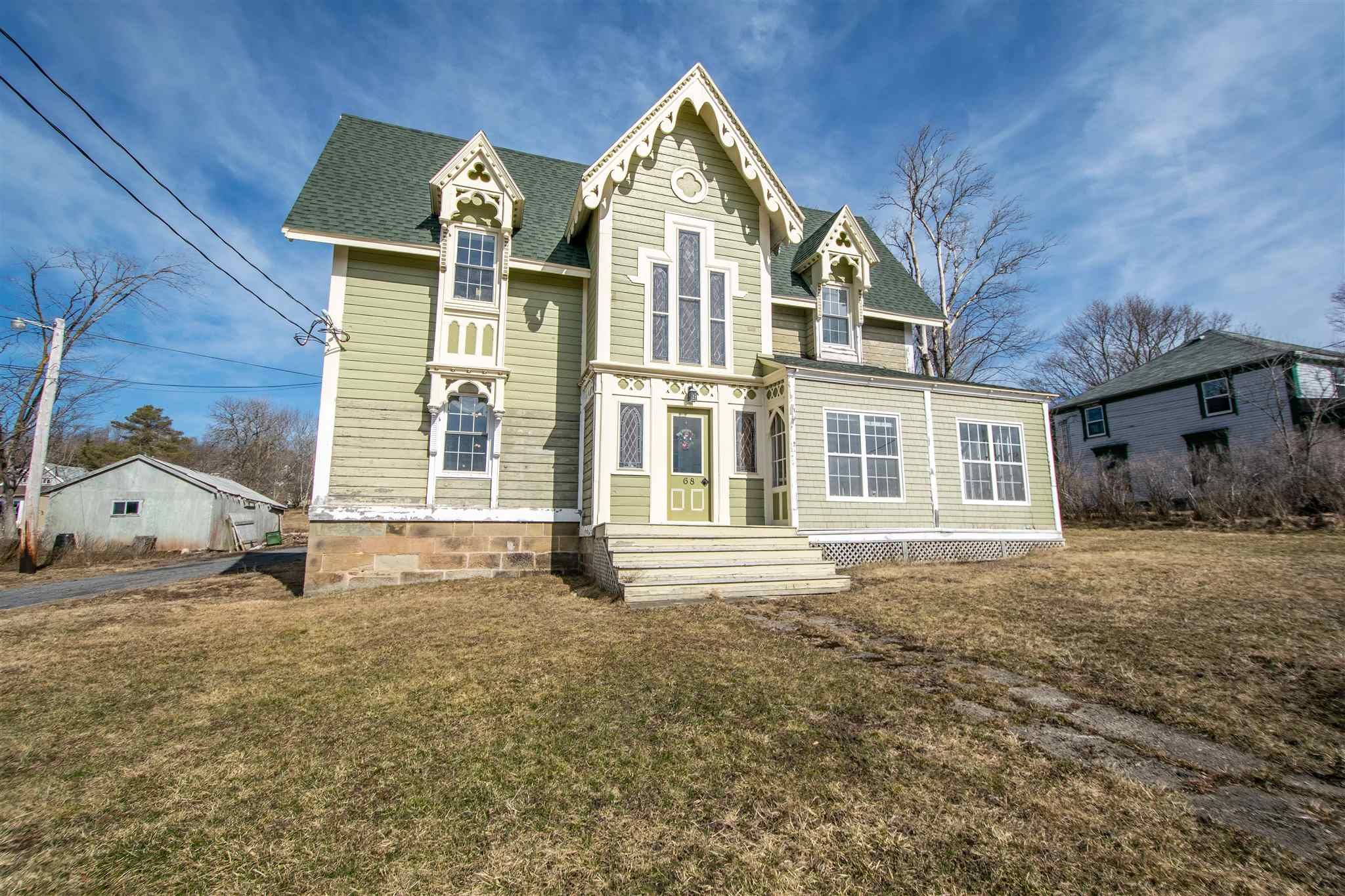 Main Photo: 68 Front Street in Pictou: 107-Trenton,Westville,Pictou Residential for sale (Northern Region)  : MLS®# 202108631
