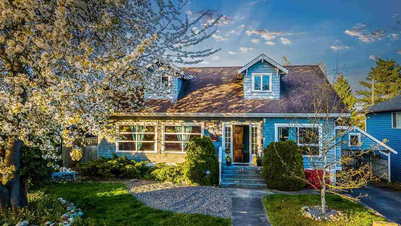 Main Photo: 827 WILLIAM Street in New Westminster: The Heights NW House for sale : MLS®# R2594143