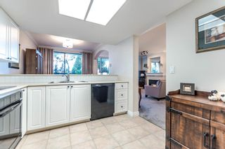 """Photo 8: 111 1785 MARTIN Drive in Surrey: Sunnyside Park Surrey Condo for sale in """"Southwynd"""" (South Surrey White Rock)  : MLS®# R2141403"""