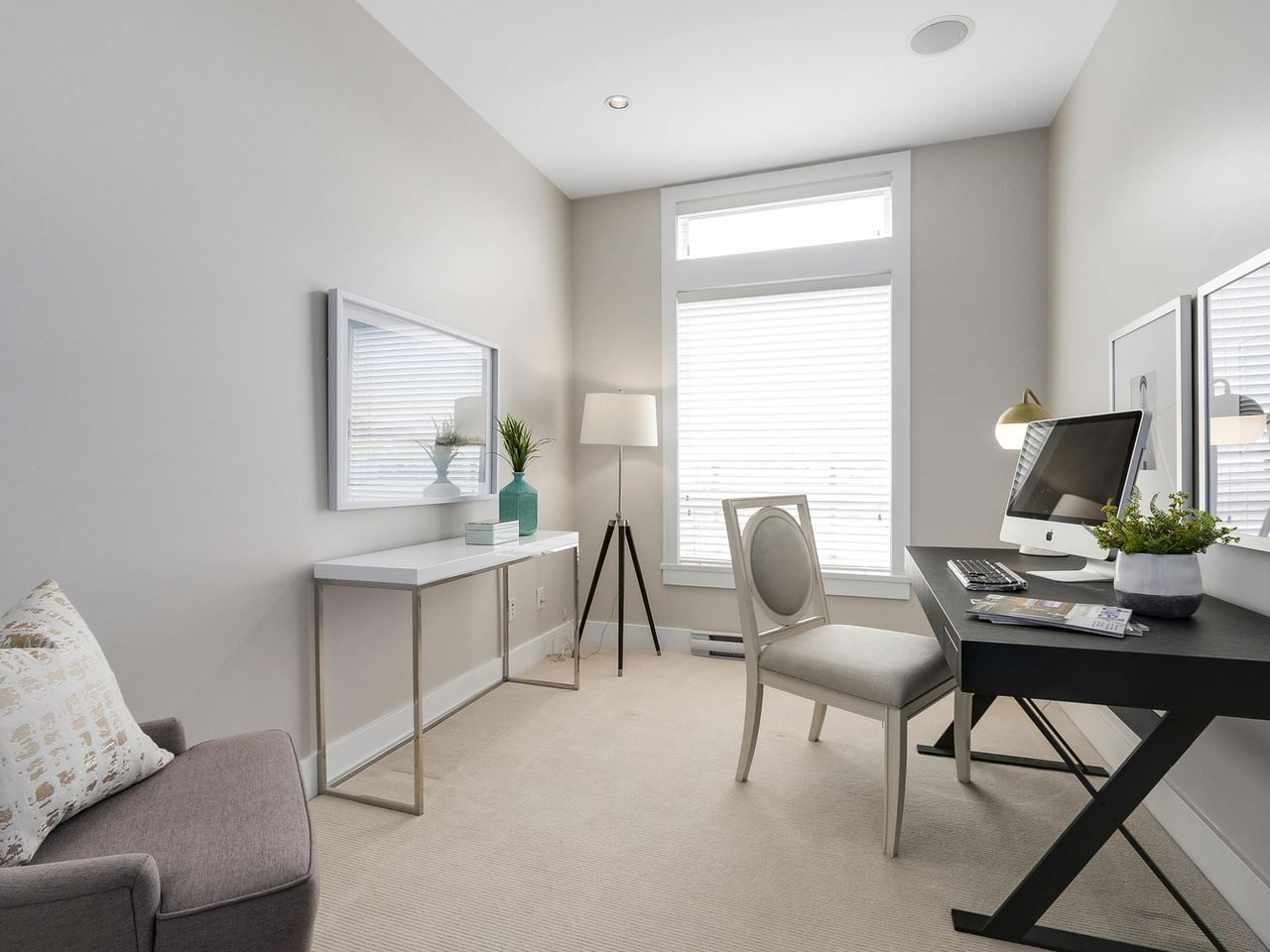 """Photo 17: Photos: 404 6328 LARKIN Drive in Vancouver: University VW Condo for sale in """"Journey"""" (Vancouver West)  : MLS®# R2146632"""