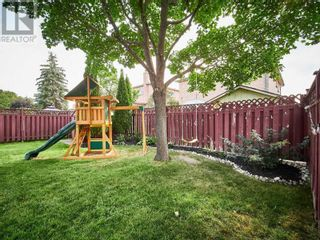 Photo 5: 18 LINDEN LANE in Whitchurch-Stouffville: House for sale : MLS®# N5400142