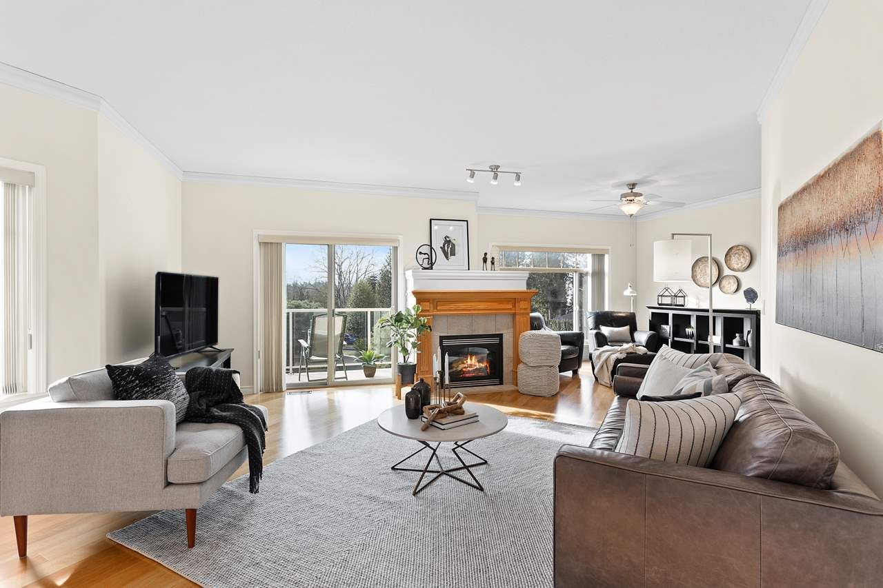"""Photo 6: Photos: 7 34159 FRASER Street in Abbotsford: Central Abbotsford Townhouse for sale in """"EMERALD PLACE"""" : MLS®# R2540229"""
