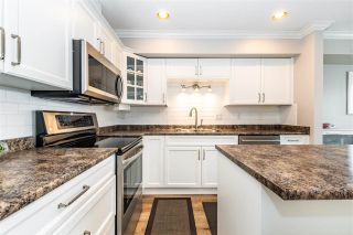 """Photo 4: 10 5900 JINKERSON Road in Chilliwack: Promontory Townhouse for sale in """"Jinkerson Heights"""" (Sardis)  : MLS®# R2589799"""