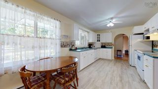 Photo 6: 2521 Highway 1 in Aylesford: 404-Kings County Residential for sale (Annapolis Valley)  : MLS®# 202125612