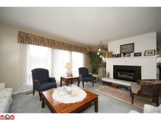 Photo 2: 2264 OTTER Street in Abbotsford: Abbotsford West House for sale : MLS®# F1025544