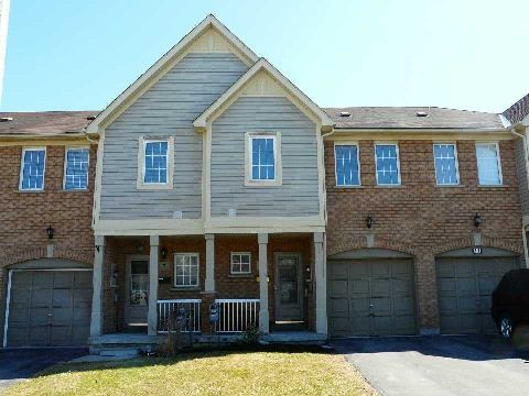 Main Photo: 9 Plantation  Crt in Whitby: Williamsburg House (2-Storey) for sale