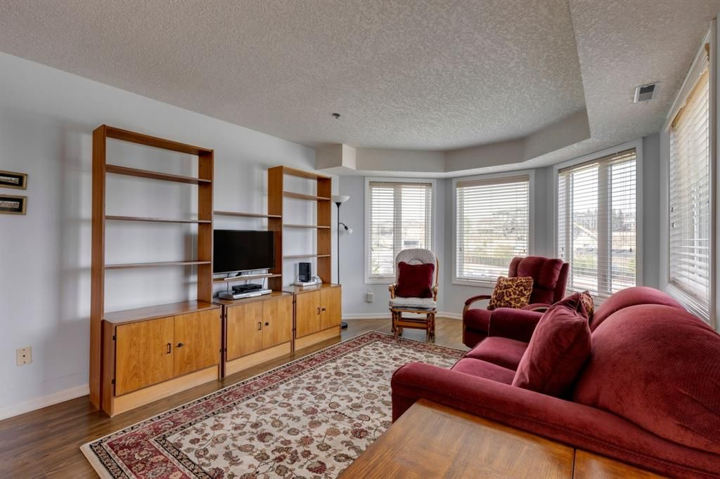Photo 13: Photos: 1222 1818 Simcoe Boulevard SW in Calgary: Signal Hill Apartment for sale : MLS®# A1130769