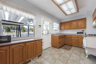 """Photo 2: 919 DUNDONALD Drive in Port Moody: Glenayre House for sale in """"Glenayre"""" : MLS®# R2353817"""