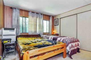 """Photo 10: 33 2305 200 Street in Langley: Brookswood Langley Manufactured Home for sale in """"Cedar Lane Park"""" : MLS®# R2465102"""