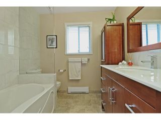 Photo 12: 14760 87A Avenue in Surrey: Bear Creek Green Timbers House for sale : MLS®# F1431665