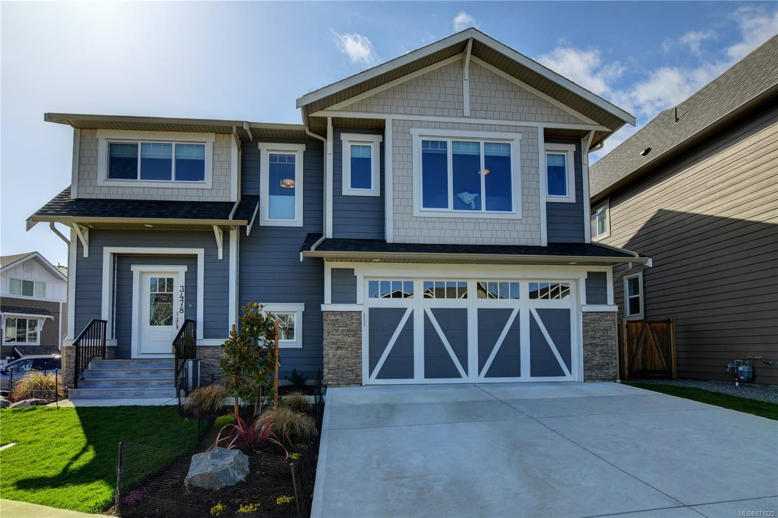 Main Photo: 3478 Curlew St in : Co Royal Bay House for sale (Colwood)  : MLS®# 871222