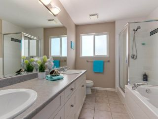 """Photo 11: 46 3363 ROSEMARY HEIGHTS Crescent in Surrey: Morgan Creek Townhouse for sale in """"ROCKWELL"""" (South Surrey White Rock)  : MLS®# R2289421"""