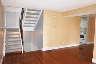 Photo 4: 212 13104 ELBOW Drive SW in Calgary: Canyon Meadows Row/Townhouse for sale : MLS®# C4297681