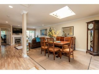 """Photo 3: 9769 148A Street in Surrey: Guildford Townhouse for sale in """"Chelsea Gate"""" (North Surrey)  : MLS®# R2394189"""