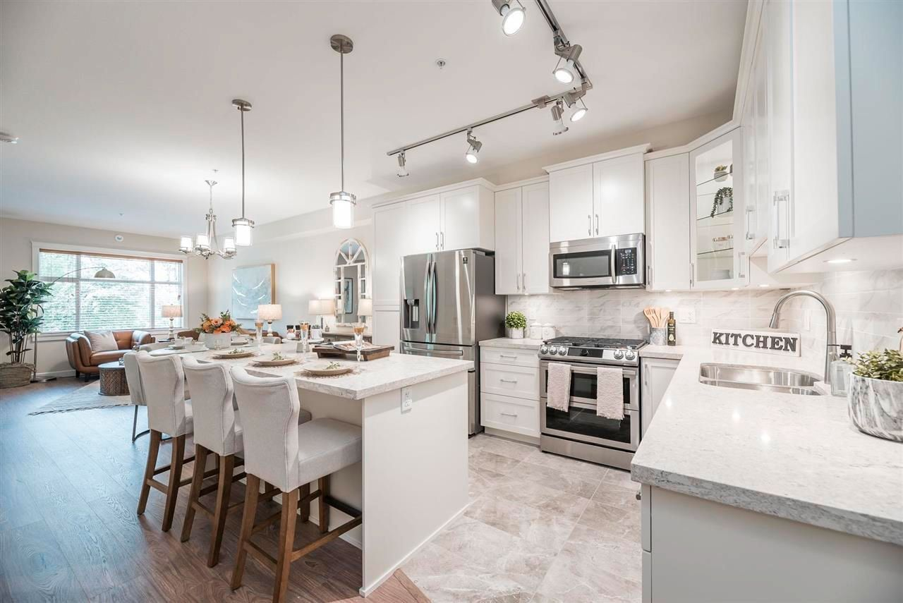 """Main Photo: 414 20376 86 Avenue in Langley: Willoughby Heights Condo for sale in """"Yorkson Park East"""" : MLS®# R2621170"""