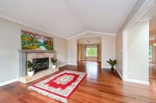 Photo 6: 1728 130 Street in Surrey: Crescent Bch Ocean Pk. House for sale (South Surrey White Rock)  : MLS®# R2618602