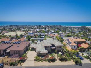Photo 24: SOLANA BEACH House for sale : 4 bedrooms : 459 Marview Drive