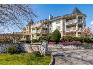 """Photo 1: 109 20125 55A Avenue in Langley: Langley City Condo for sale in """"BLACKBERRY LANE 11"""" : MLS®# R2617940"""