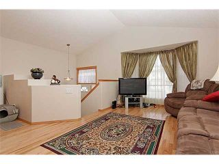 Photo 2: 222 CRANBERRY Close SE in CALGARY: Cranston Residential Detached Single Family for sale (Calgary)  : MLS®# C3608593