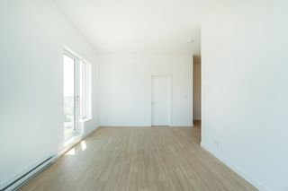 """Photo 10: PH9 955 E HASTINGS Street in Vancouver: Strathcona Condo for sale in """"Strathcona Village"""" (Vancouver East)  : MLS®# R2617989"""