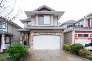 Photo 1: 109 8888 216 STREET in Langley: Walnut Grove House for sale : MLS®# R2236303