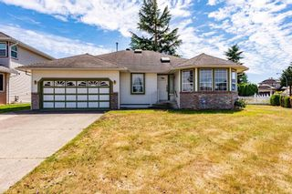 """Photo 1: 32286 SLOCAN Place in Abbotsford: Abbotsford West House for sale in """"Fairfield"""" : MLS®# R2596465"""