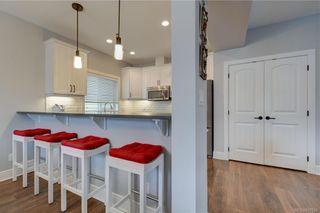 Photo 4: 1215 Bombardier Cres in Langford: La Westhills House for sale : MLS®# 817906