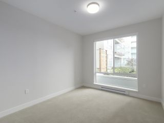 """Photo 18: 104 1768 GILMORE Avenue in Burnaby: Brentwood Park Condo for sale in """"Escala"""" (Burnaby North)  : MLS®# R2398729"""