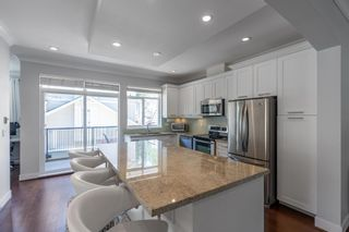 """Photo 4: 21 2925 KING GEORGE Boulevard in Surrey: Elgin Chantrell Townhouse for sale in """"Keystone"""" (South Surrey White Rock)  : MLS®# R2597652"""
