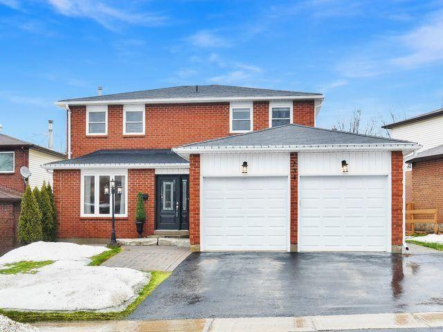 Photo 1: Photos: 234 Kensington Place: Orangeville House (2-Storey) for sale : MLS®# W4034442