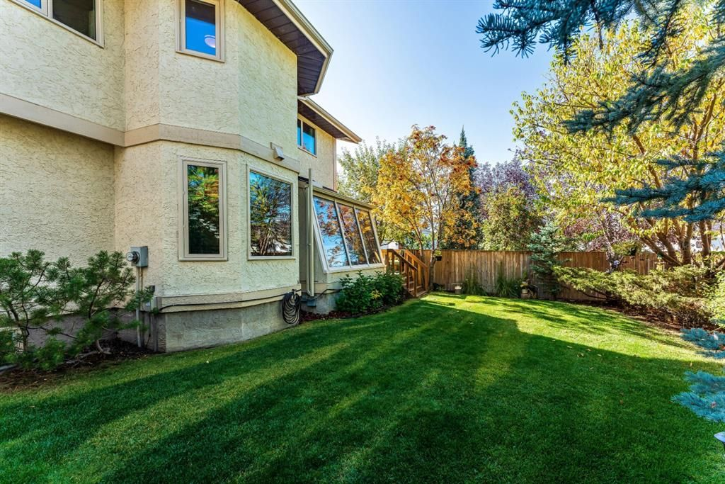 Photo 45: Photos: 84 WOODBROOK Close SW in Calgary: Woodbine Detached for sale : MLS®# A1037845